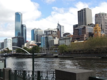 Melbourne from the banks of the Yarra